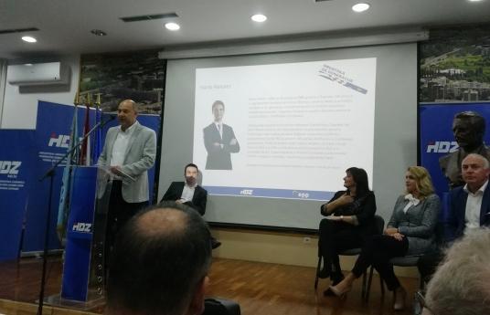 PREDSTAVLJANJE PLAVE SKUPINE KANDIDATA ZA EU PARLAMENT U NOVOM ZAGREBU